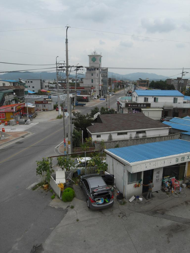 Dongsong high street - view from Sunkyong Kim Art Academy roomtop